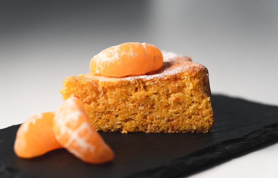 Vähähiilihydraattinen mandariinikakku – sokeriton