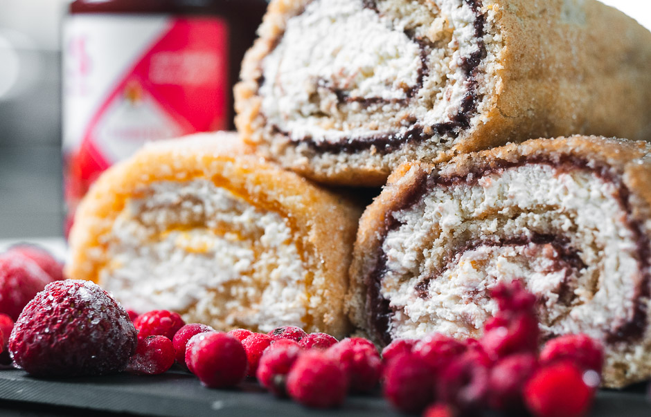 Vähähiilihydraattinen sokeriton kääretorttu – gluteeniton